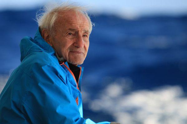 Claude Lorius le glaciologue est retourné pour le film en Antarctique