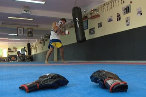 Le free fighting est un art martial dont la pratique est interdite en France.