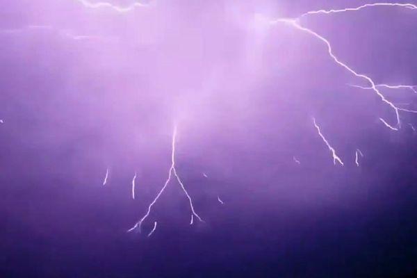 Alès (Gard) - orage sur les Cévennes - 13 août 2018.