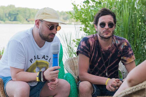 Guillaume Brière et Benjamin Lebeau, membres de The Shoes, vendredi 3 juillet aux Eurockéennes de Belfort.