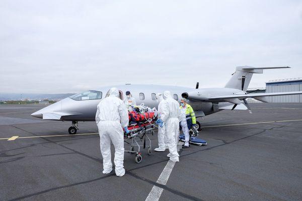 COVID 19 : deux patients du CHU de Clermont-Ferrand transférés à Strasbourg