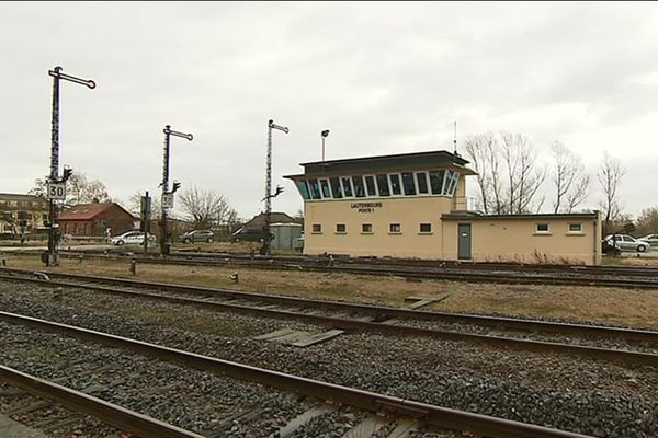 La gare et le poste d'aiguillage de Lauterbourg, en 2018.