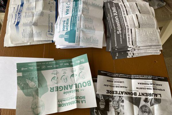 Bulletins de vote du 1er tour des élections régionales 2021 en Normandie