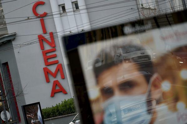 Les cinémas, théâtres, musées ne pourront pas rouvrir avant le 7 janvier. Image d'illustration
