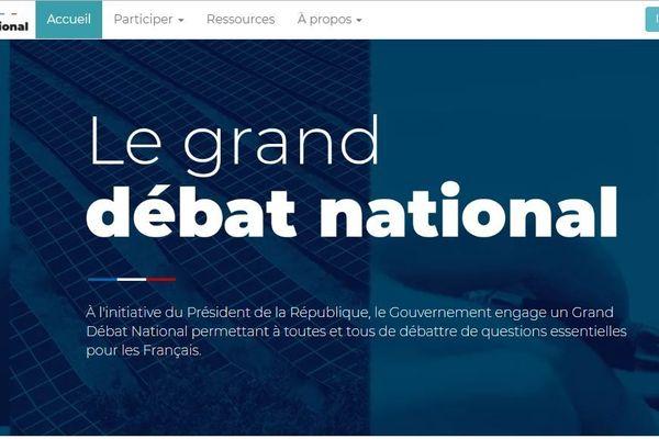 Une plateforme a été créée pour faciliter l'organisation de débats par des citoyens. Dans les Bouches-du-Rhône, une adresse mail répond aux questions des potentiels utilisateurs.