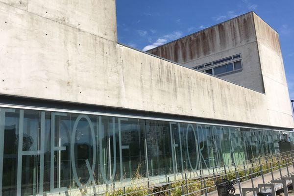 Les bibliothèques sont parmi les lieux culturels favoris des Français.