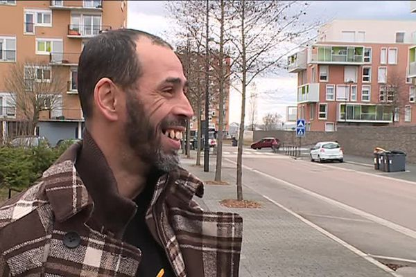 Kadour Ziani, star française du dunk, vit toujours dans le quartier du Vert Bois à Saint-Dizier