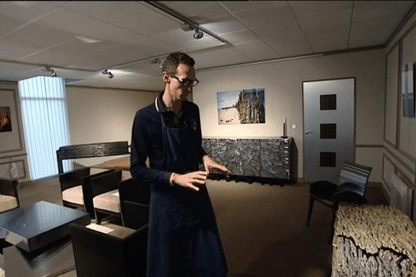 Pour Jean-Luc Le Mounier, chacun de ses meubles est une partie de son histoire...