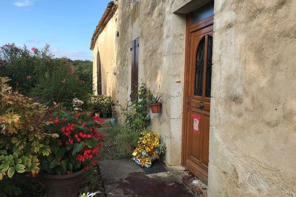 Le drame s'est noué sur le pas de cette porte à Caumont, en Gironde.