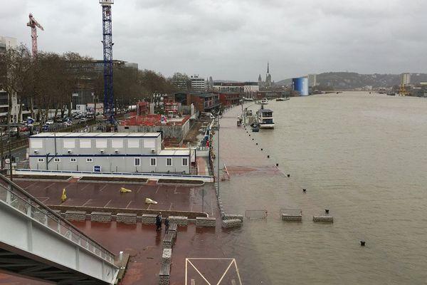 Les quais de Seine à Rouen le 4 janvier 2018.