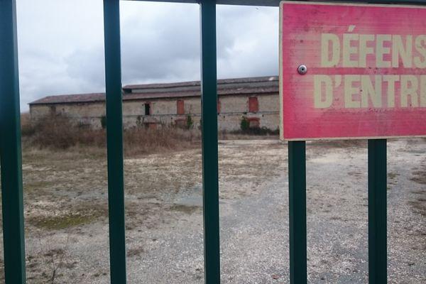 L'ancien site de Saint-Gobain à Marennes est fermé depuis les années 30.