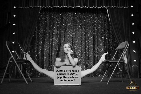 Une artiste du cirque Imagine pose nue et rejoint le mouvement #artisansapoil