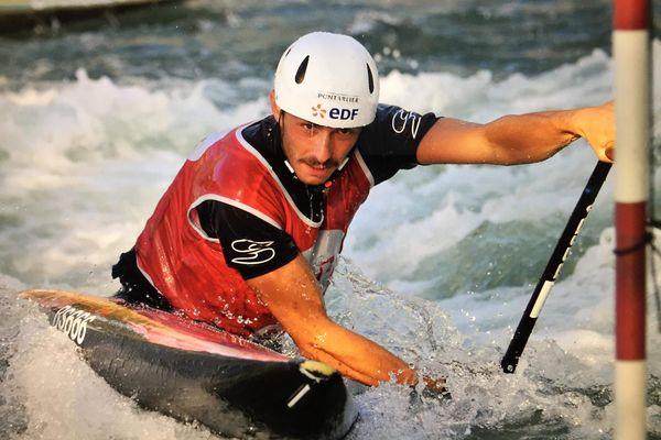 Jules Bernardet, licencié à Pontarlier, décroche une médaille d'argent aux Mondiaux de canoë-kayak en Slovénie.