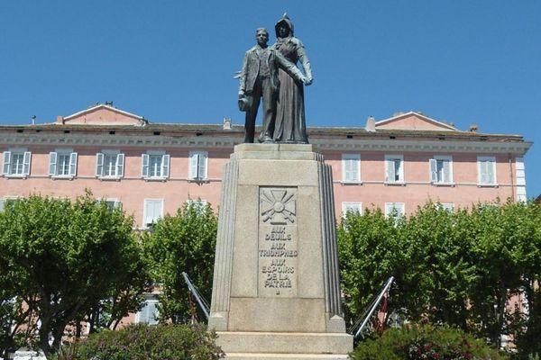 Illustration- Le monument aux morts de Bastia (Haute-Corse)