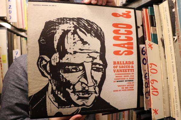 Un des innombrables disques de la collection Folkways.