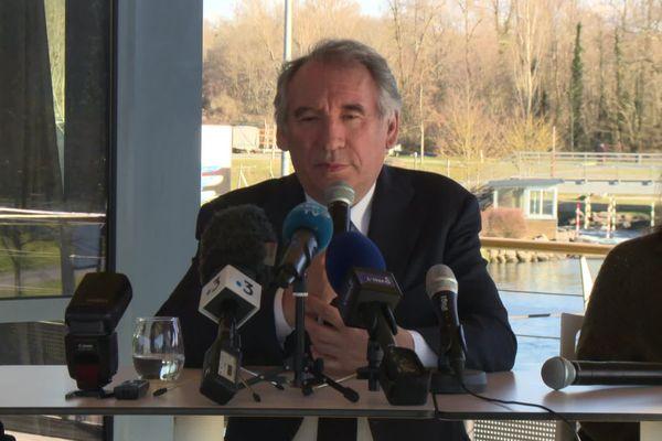 Le maire de Pau a affirmé que la ville serait candidate pour le vote par internet pour les élections municipales du 28 juin.