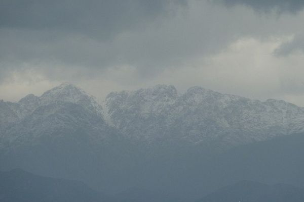 Fort risque d'avalanches dans les massifs montagneux de Corse-du-Sud
