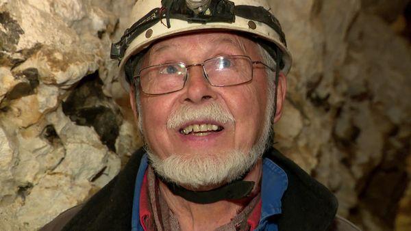 Jean-Pierre Viard est l'un des grands artisans de l'exploration de la grotte des Petites-Dalles