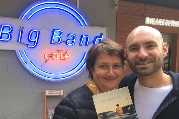 Sabine Daniel et Jahen Oarsman devant le Big Band Café à Hérouville St-Clair avant le concert du vendredi 5 octobre à 20h.
