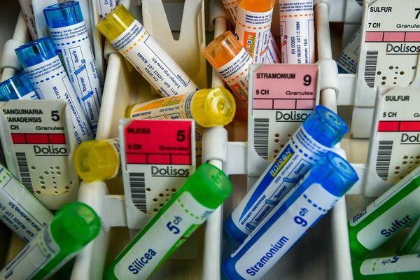 En France, certains médicaments sont remboursés à hauteur de 30 % par la Sécurité sociale depuis 1965