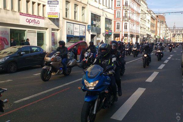 Les motards étaient environ un millier dans le cortège.