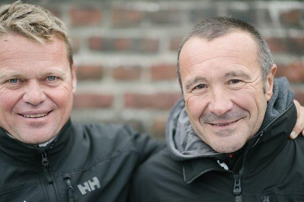 """Alex Pella (à gauche) et Lalou Roucayrol (à droite), participent à la 13e Transat Jacques Vabre à bord de leur multi 50 """"Arkema""""."""