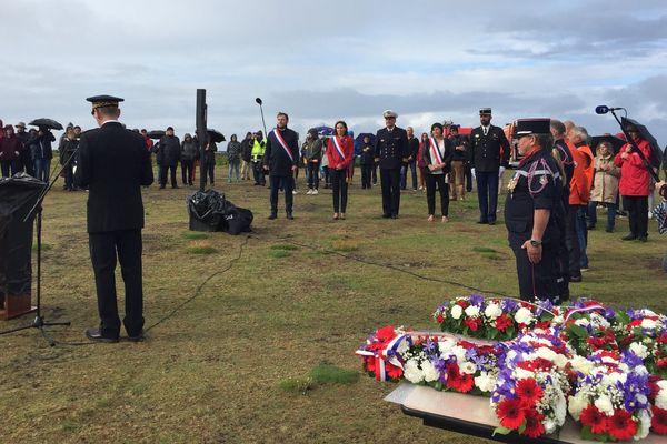 Commémoration de l'appel du 18 juin sur l'île de Sein, en présence notamment des députés finistériens Liliana Tanguy et Jean-Charles Larsonneur