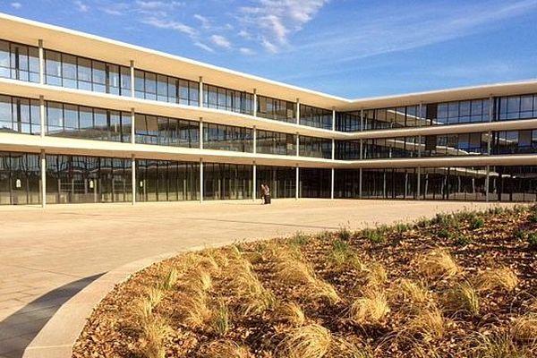 Le Lycée Ernest Ferroul de Lézignan-Corbières (Aude) - 1er septembre 2016.