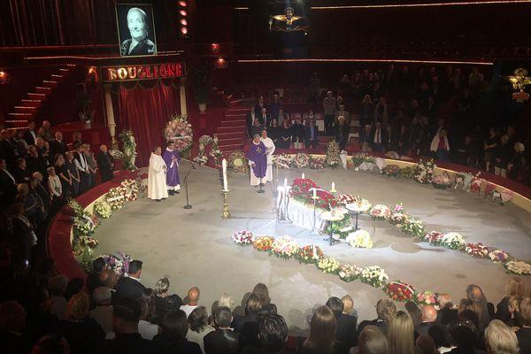 Un hommage a été rendu à Rosa Bouglione au Cirque d'hiver.