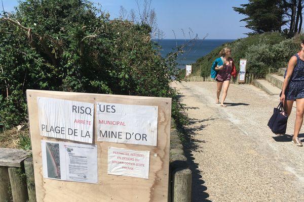 Après un éboulement qui avait cassé le bras d'un enfant, l'accès à la plage de la Mine d'or a été très restreint.