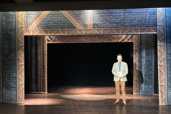 Xavier Viton sur la scène du Trianon