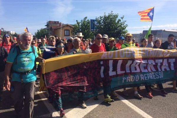 Des milliers de manifestants sont mobilisés à Barcelone après la condamnation de leurs dirigeants par la justice espagnole - 17/10/19