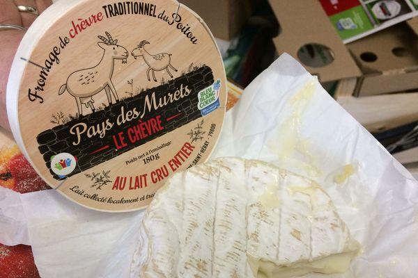 Les premiers chèvres boîtes de la nouvelle coopérative de la Mothe-St-Héray commencent à être commercialisés.
