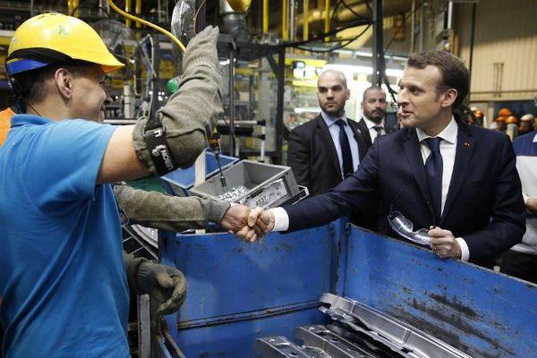 Emmanuel Macron à Toyota Onnaing.