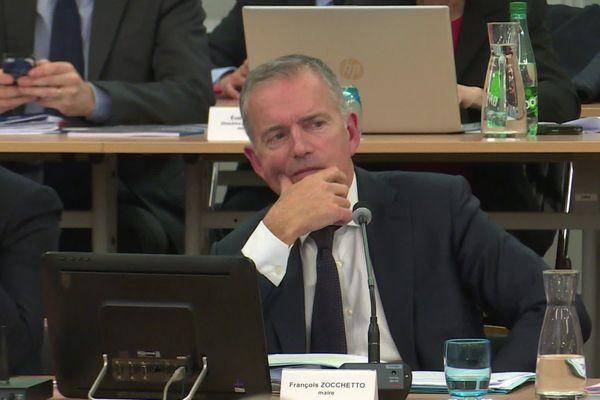 François Zocchetto présidait son premier conseil municipal depuis l'annonce de son retrait pour les prochaines élections municipales.