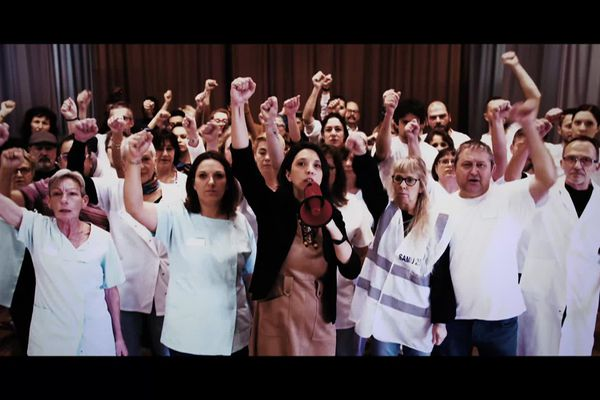 Clip tourné par les personnels de l'hôpital psychiatrique de Dole et réalisé par Kamel Ansri
