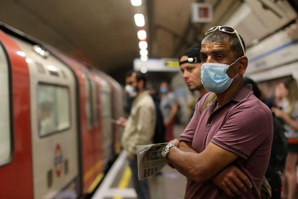 Dans le métro londonien