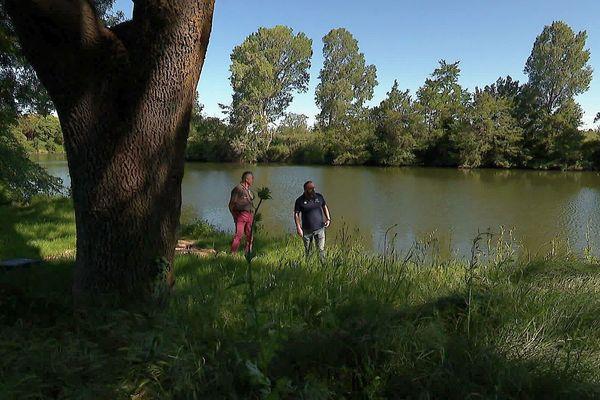 Marsillargues (Hérault) - le Vidourle et les pêcheurs - mai 2020