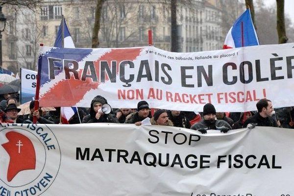 Manif anti-Hollande à Paris, 17.000 manifestants selon la police, 120.000 selon les organisateurs
