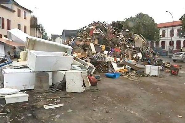 A Salies-de-Béarn, l'eau est montée par endroit jusqu'à 1m50. Certains habitants ont tout perdu.