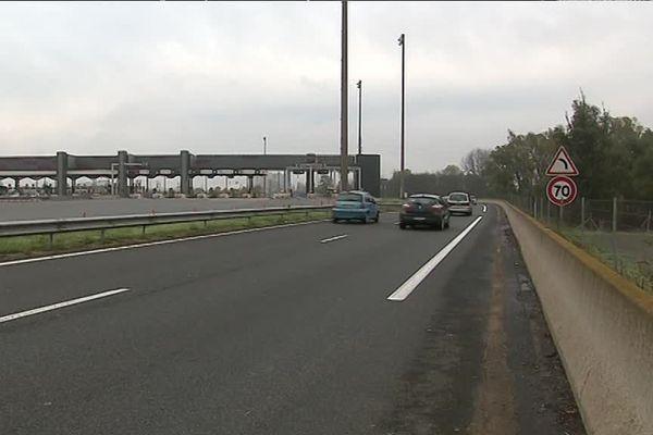 ce week-end, l'autoroute A6 avait été fermée dans les deux sens, dans le secteur de Villefranche-sur-Saône, après des dégradations...