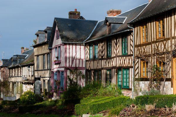 La Normandie passera l'essentiel de ce week-end sous un ciel très majoritairement ensoleillé, en dépit de quelques séquences nuageuses.