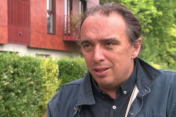 Guillaume Delbar conserve la mairie de Roubaix.
