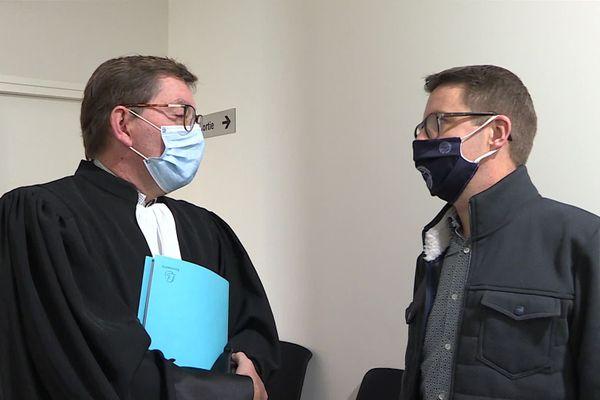 Licencié après été testé positif au Covid, Sébastien Klem, ici avec son avocat, n'a pas pu trouver un terrain d'entente avec son ex-employeur, M2A Habitat.