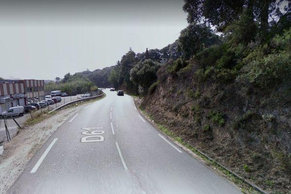 C'est sur la route d'Alata, en direction d'Ajaccio que l'homme qui avait volé un véhicule a été interpellé après avoir percuté un véhicule de police.