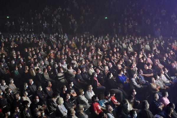 25/09/2020 Le public masqué lors du dernier concert au Liberté