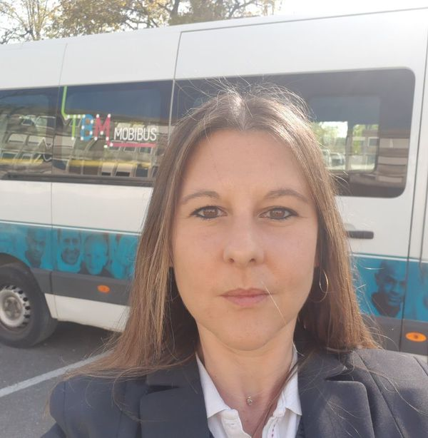 Arlène : Conductrice volontaire pour le service mobi-soignants