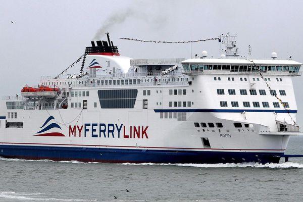 Les Britanniques ne veulent plus qu'Eurotunnel exploite des ferries au départ du port de Douvres.