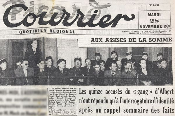 Les membres du gang d'Albert dans leur box aux assises de la Somme - Une du Courrier picard du 28/11/1950