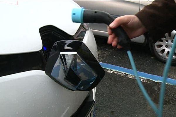 Dans la métropole rouennaise, 70 bornes de recharge sont mis à la disposition des véhicules électriques